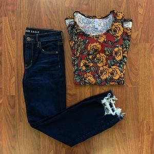 ❤️3 for $10 LuLaRoe Rose Floral Print Perfect Tee